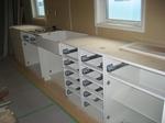 処置室のシンクと収納