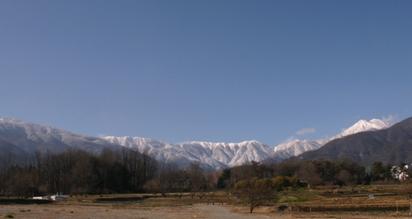 山麓線から眺める北アルプス