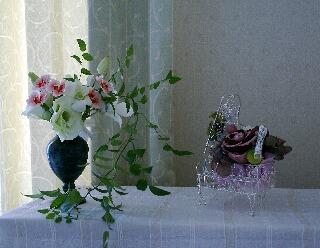 花器を秋らしく