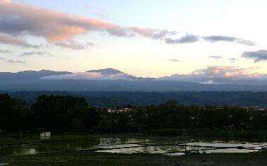 夕日の蓼科山