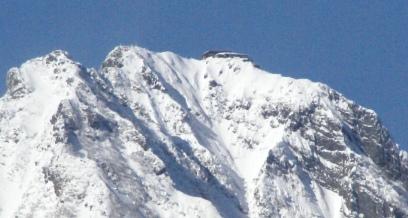 冬の赤岳の山頂