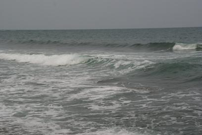 曇天の日本海