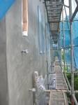 外壁の下地を塗りました